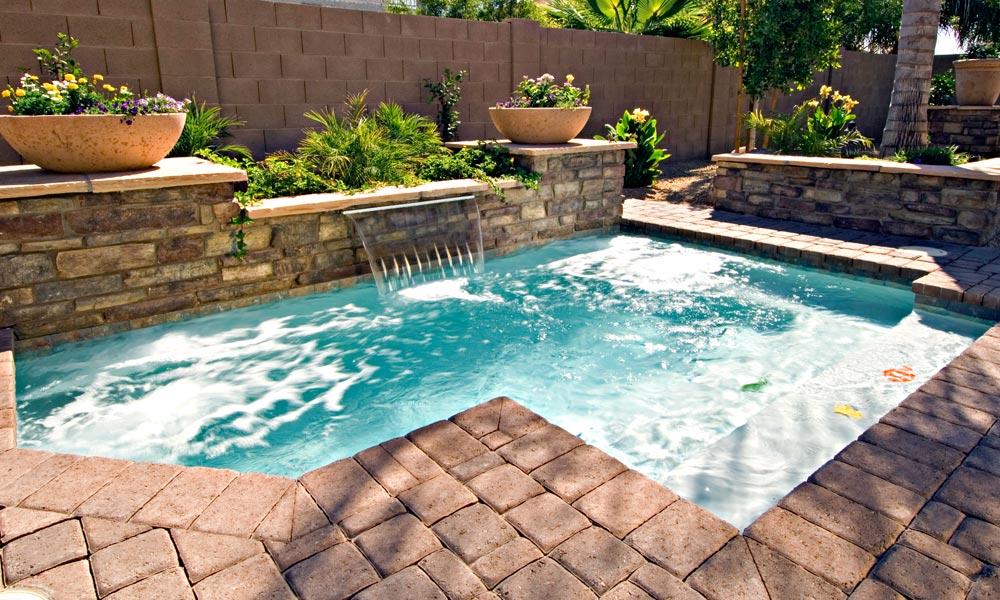 Greecian Pools, Bakersfield, CA - Spool/Cocktail Swimming
